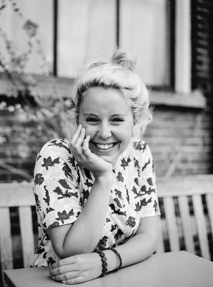 portretfotografie rotterdam dordrecht mevrouw knot ongedwongen ontspannen portretfoto's