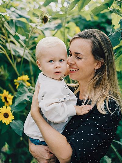 hanke arkenbout fotografie familie gezinsfotografie buiten ontspannen